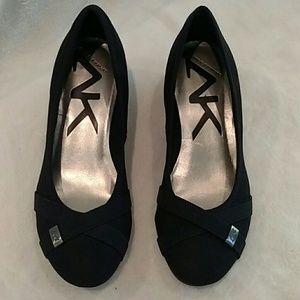 Anne Klein Sports Wedge size 8 black